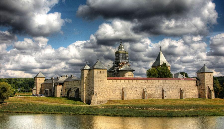 Manastirea Dragomirna Romania